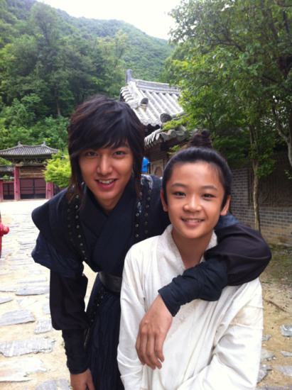 http://korean-cute.sosugary.com/albums/userpics/10001/0e7faba1.jpg