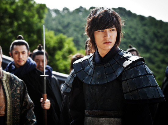 http://korean-cute.sosugary.com/albums/userpics/10001/2012071301000897400073011.jpg