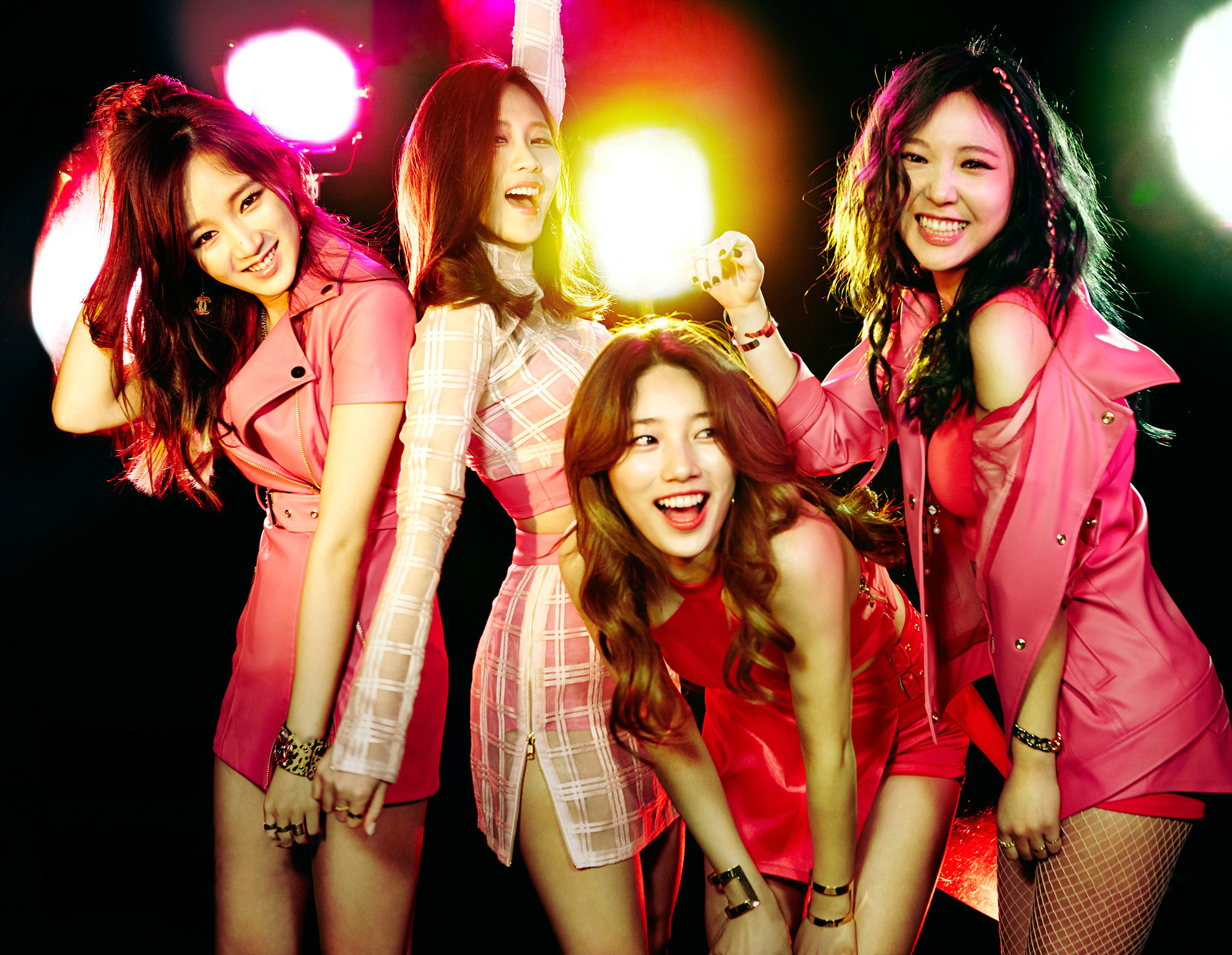 http://korean-cute.sosugary.com/albums/userpics/10001/ibvl8j6SRp2yGE.jpg
